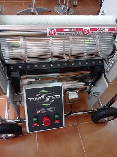 Picture of Twister T-2 Profesional Cutting machine for CBD&THC Plants. In Stock !